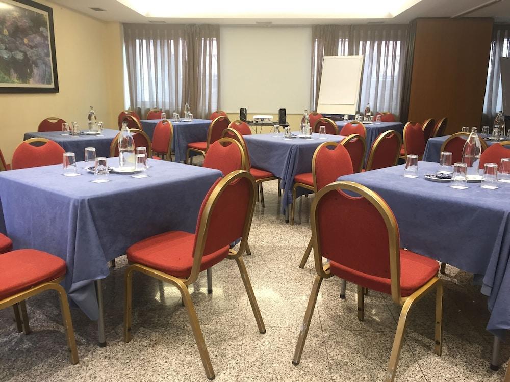 Hotel parquesur legan s desde 35 logitravel for Gimnasio parquesur