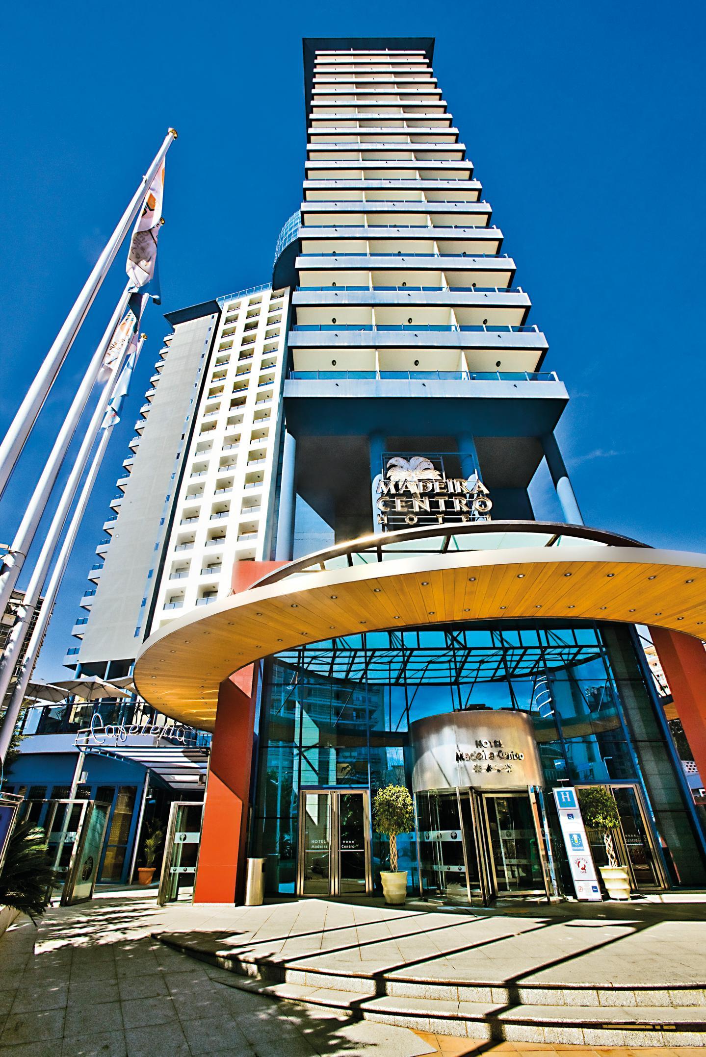 Hotel madeira centro em benidorm costa branca desde 45 for Hoteis zona centro com piscina interior