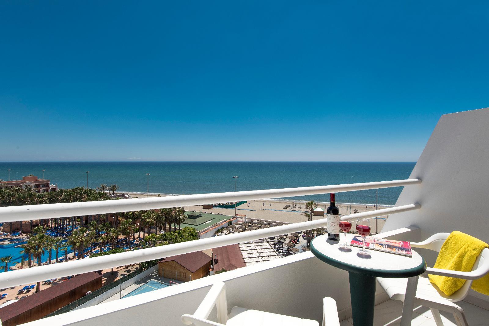 Hotel roc golf trinidad em roquetas de mar costa de almeria for Piscinas almeria