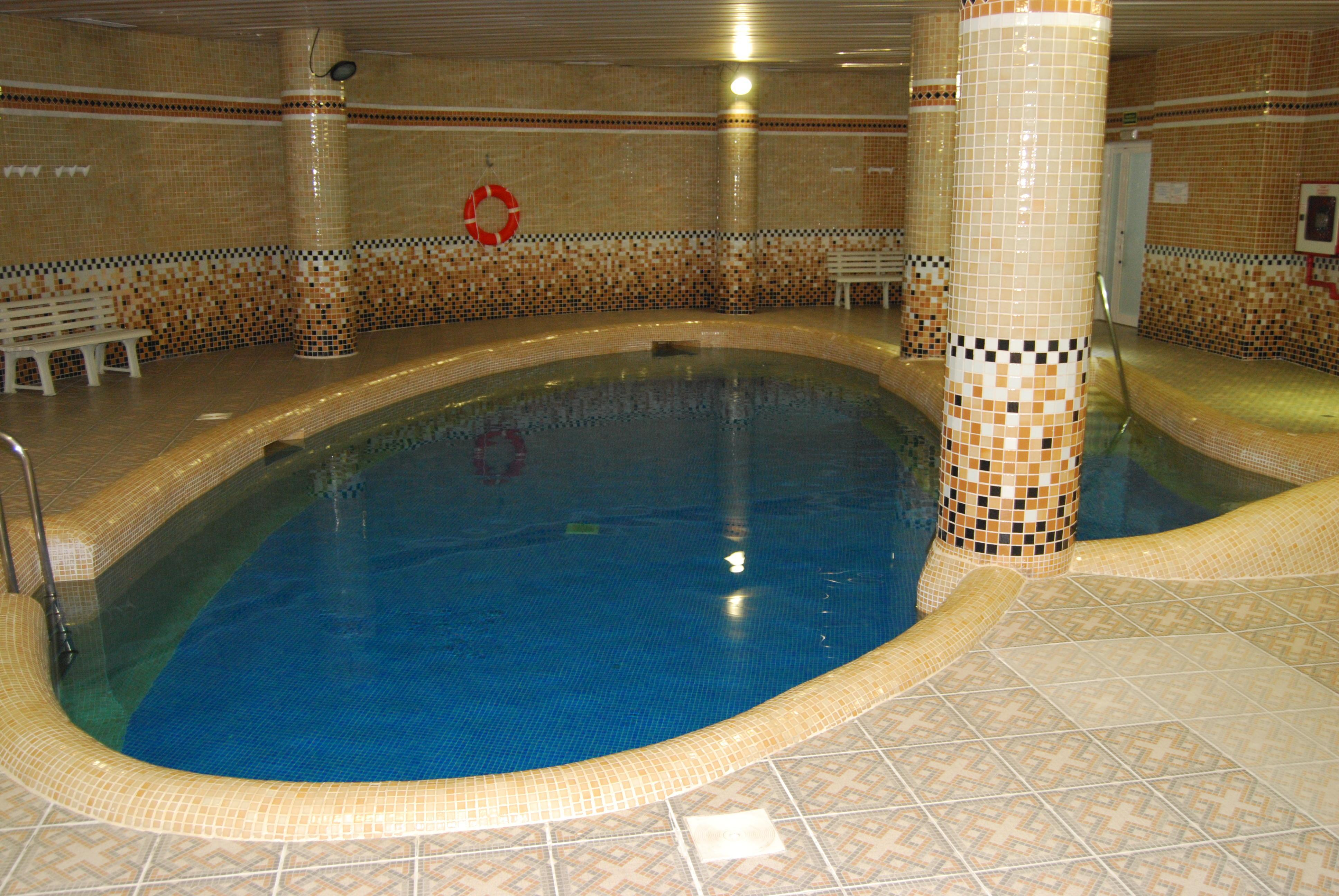 Vila real palace hotel villareal desde 31 logitravel for Piscina villarreal