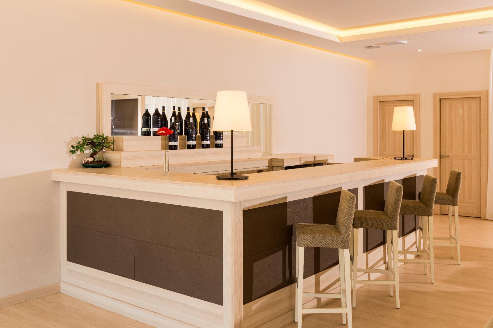 Aparthotel Costa Encantada en Lloret de mar Costa Brava desde