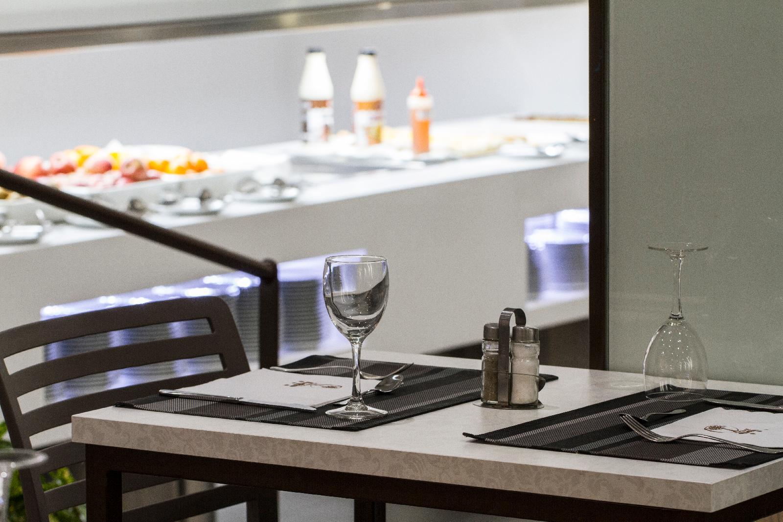 Montesol en benidorm costa blanca desde 27 - Restaurante el puerto benidorm ...