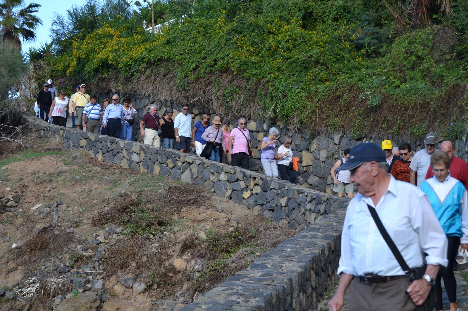 Panoramica garden en el toscal tenerife for Piscinas publicas en el sur de tenerife
