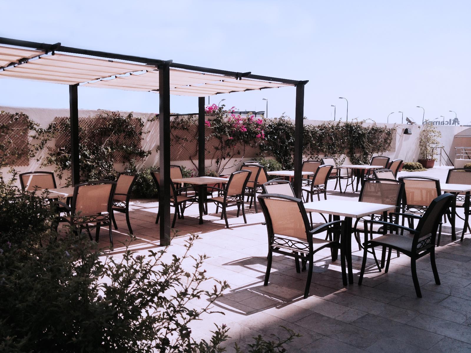 Hotel xon 39 s valencia quart de poblet desde 31 logitravel for Piscina quart de poblet