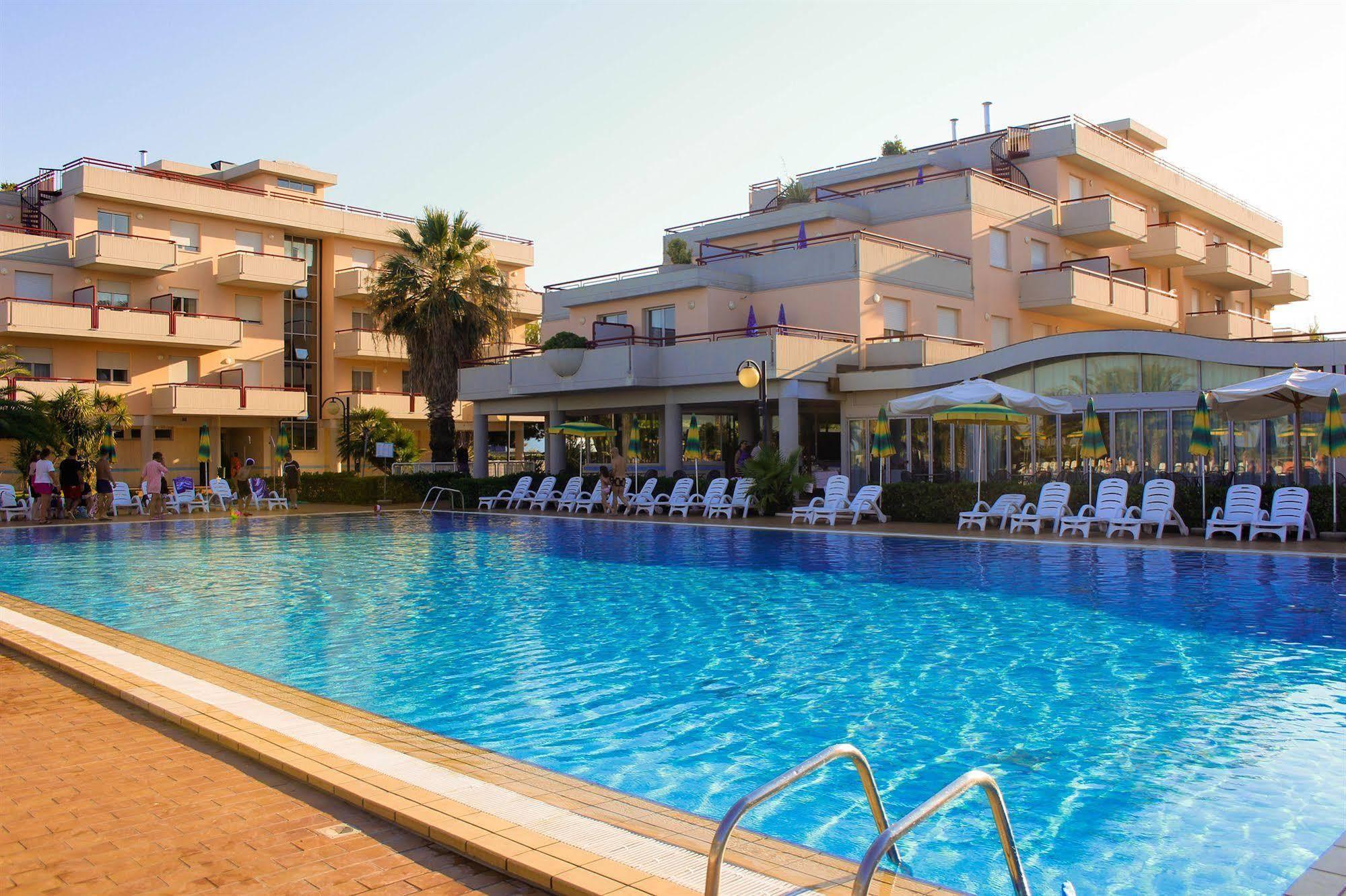 IHR Residence Hotel Le Terrazze, Grottammare da € 87
