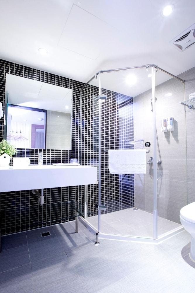 Ofertas de viagens taip desde 1 356 for Design hotel ximen zhonghua