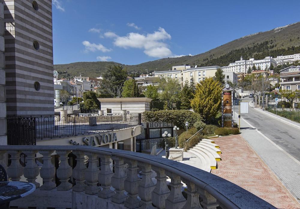 Italia: Da Bari a Castel del Monte, tour classico ...